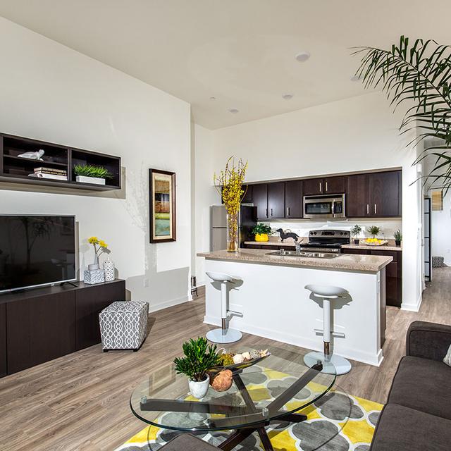 La Mesa Apartments